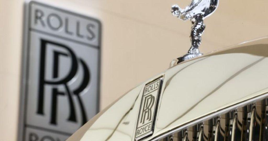 logo-e-ornamento-da-rolls-royce-no-salc3a3o-internacional-do-automc3b3vel-em-genebra-suc3adc3a7a-reuters-arnd-wiegmann-e1531845334474
