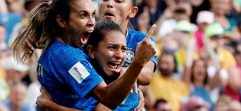 2019-06-13t163337z_1342917252_rc12bd7c41b0_rtrmadp_3_soccer-worldcup-aus-bra-e1560456504689